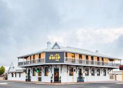 Nightcap at the Ship Inn - Busselton - Building