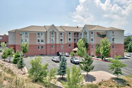 MCM Elegante Suites - Colorado Springs - Building