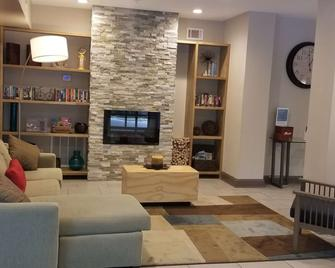 Country Inn & Suites by Radisson, Canton, GA - Canton - Obývací pokoj