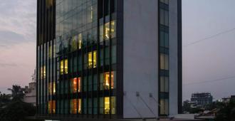 The Fern Residency - Mumbai - Mumbai - Building