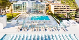 代爾芬西耶斯塔瑪律酒店 - 卡爾維亞 - 聖蓬薩 - 室外景