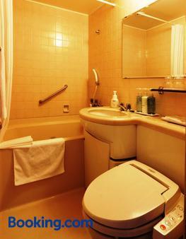 松山鳥巢飯店 - 松山 - 浴室
