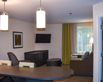 Candlewood Suites Pearl - Pearl - Bedroom