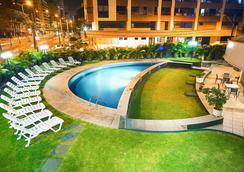 Comfort Hotel Fortaleza - Fortaleza - Bể bơi