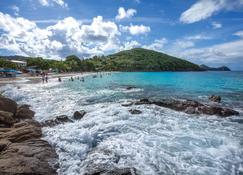 Bluebeard's Beach Club - Saint Thomas Island - Building