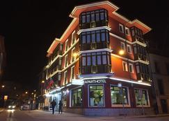 Gran Hotel Paraiso - แอลลาเนส - อาคาร