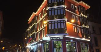 帕拉伊蘇大酒店 - 蘭尼斯 - 利亞內斯 - 建築