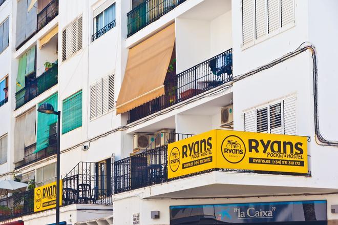 Ryans Pocket Hostel - Ibiza - Rakennus
