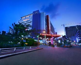 Favehotel Ltc Glodok - Jakarta Nord - Bâtiment