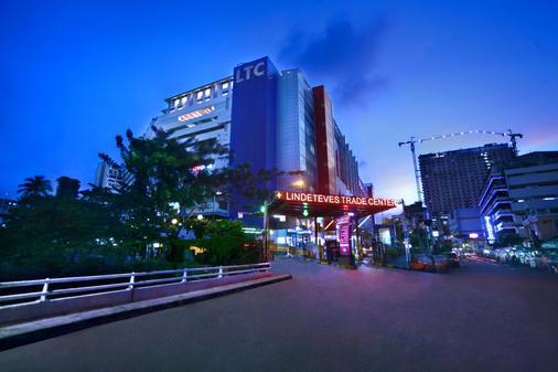 Favehotel Ltc Glodok - North Jakarta - Toà nhà