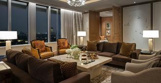 Four Seasons Hotel Jakarta - ג'קרטה - לובי