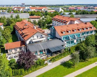 Best Western Plus Hotel Erb - Vaterstetten - Building