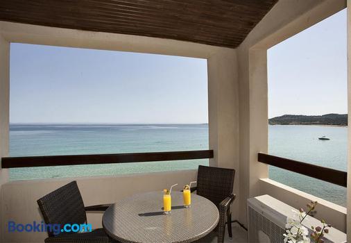 Hotel Beau Rivage - Algajola - Balcony