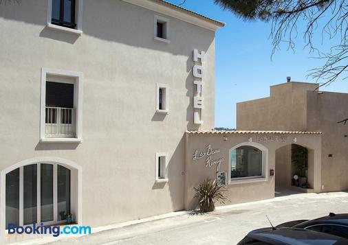 Hotel Beau Rivage - Algajola - Building