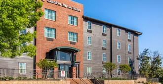 Clarion Inn & Suites Atlanta Downtown - Ατλάντα - Κτίριο