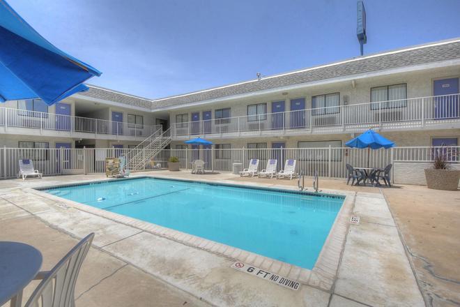 聖安東尼奧6號汽車旅館- FT山姆·休斯敦 - 聖安東尼奥 - 聖安東尼奧 - 游泳池