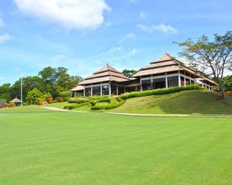 Banyan Tree Bintan - Lagoi - Building