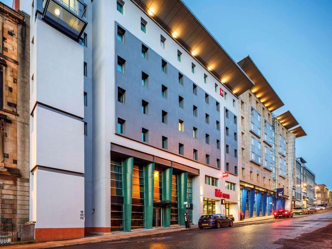 ibis Glasgow City Centre - Sauchiehall Street - Glasgow - Building