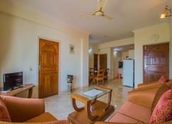 Oyo 12867 Home Luxurious 2bhk Near Airport - Mormugao - Sala de estar