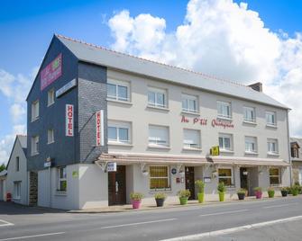 Logis Hôtel Au P'tit Quinquin - Céaux - Gebouw