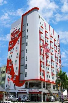 Tune Hotels - Kota Bharu City Centre - Kota Bharu - Building