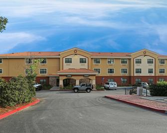 Extended Stay America - Los Angeles - Valencia - Stevenson Ranch - Edificio