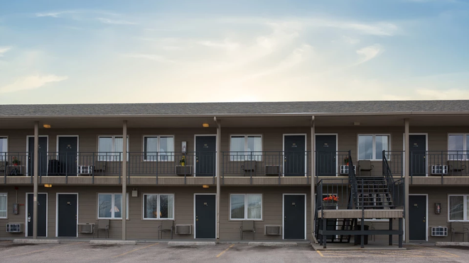 Fair Value Inn - Rapid City - Building