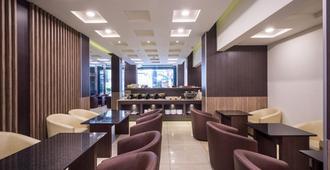 Twinstar Hotel - Đài Trung - Nhà hàng