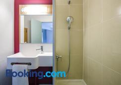 B&B Hôtel Nantes Centre - Nantes - Bathroom