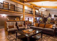 Best Western Plus Sidney Lodge - Sidney - Lobby