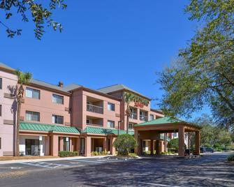 Courtyard by Marriott Tampa North/I-75 Fletcher - Tampa - Building