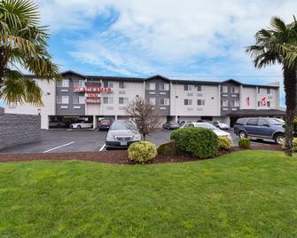 Clackamas Inn & Suites - Clackamas - Edificio