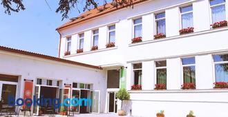 Bivio Hotel - Bratislava - Bâtiment