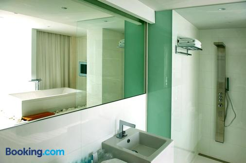 Hassotel - Hasselt - Bathroom