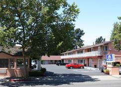 Americas Best Value Inn Sky Ranch - Palo Alto - Κτίριο