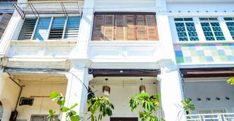 The Rumah Batu Heritage - George Town - Building