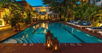 Protea Hotel by Marriott Dar es Salaam Oyster Bay - Dar Es Salaam - Pool