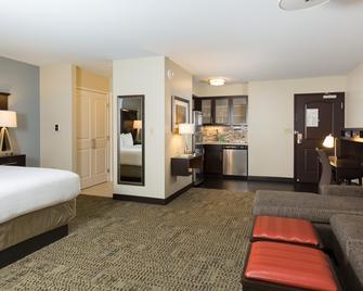 Staybridge Suites Phoenix - Chandler - Chandler - Bedroom