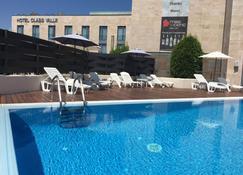 Hotel Class Valls - Valls - Piscina
