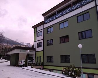 Apartmánový Dom Família Smokovec - Vysoké Tatry - Building