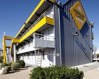 Premiere Classe Marseille - Vitrolles Anjoly - Vitrolles - Building