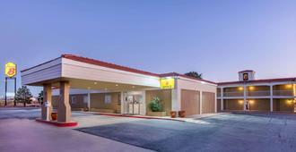 Super 8 by Wyndham Abilene North - Abilene