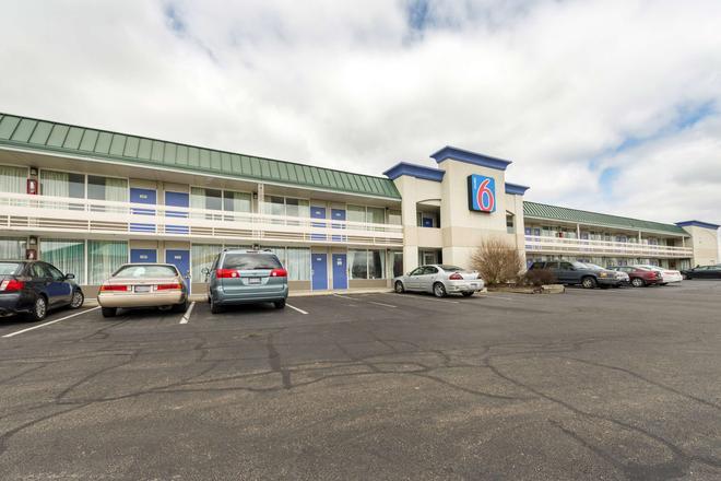 Motel 6 Troy, OH - Troy - Building
