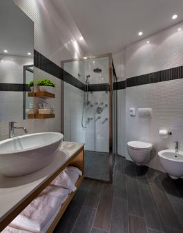 Alexandra Plaza - Riccione - Bathroom