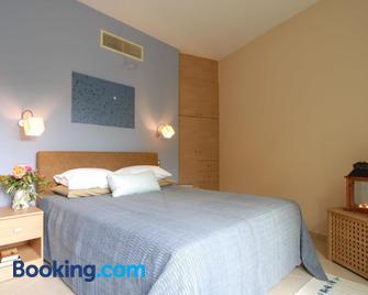 Mylos Apartments - Gialova - Bedroom