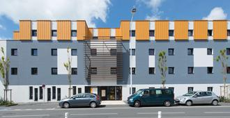 Première Classe La Rochelle Centre - Les Minimes - La Rochelle