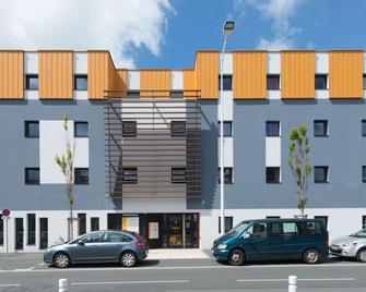 Première Classe La Rochelle Centre - Les Minimes - La Rochelle - Edificio
