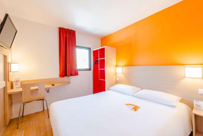 Premiere Classe La Rochelle Centre Les Minimes - La Rochelle - Phòng ngủ