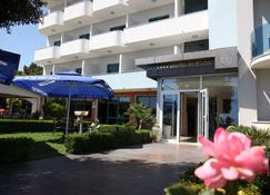 Hotel Freskia - Velipojë - مبنى