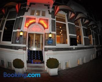 Hotel Le Beau Rivage - Middelburg - Building